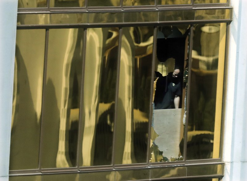 Las Vegas gunman's girlfriend unaware of shooting plan
