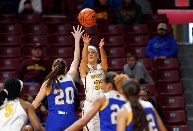 Carlie Wagner shoots a 3-pointer in the Gophers' 100-75 win over UC Riverside at Williams Arena on Dec. 22, 2017. (Courtesy of the University of Minnesota)