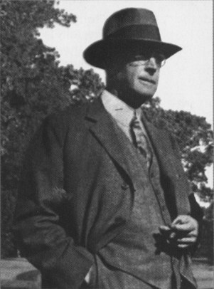 Seth Raynor, architect of Midland Hills Country Club in Roseville and other classic golf courses.