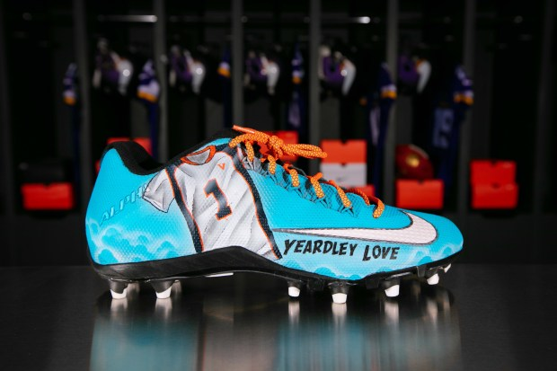 "6c141354b829 The Vikings' Anthony Harris will wear cleats for the One Love Foundation on  Sunday for the NFL's annual ""My Cause, My Cleats"" campaign. One Love is an  an ..."