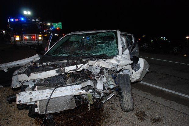 1 killed after alleged wrong-way driver causes head-on crash