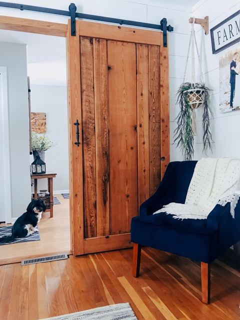 Minnesota woman shares house renovation with growing Instagram