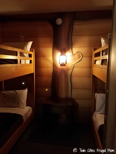 Bunk Bed Cabin at Great Wolf Lodge Bloomington