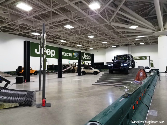Jeep obstacle course at the Twin Cities Auto Show