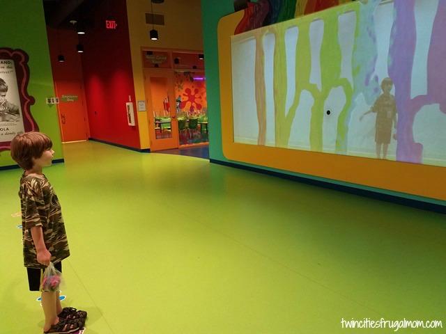Crayola Experience Mall of America Clay Rainbow Rain