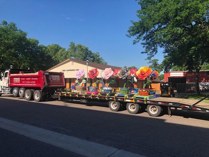 Roseville in Bloom truck