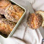 Frische Frischkäse-Chia-Brötchen Low Carb