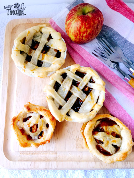 mini-apple-pies-mini-apple-pie-bites-recipe-mini-apple-pie-eggless-baking-recipe-5