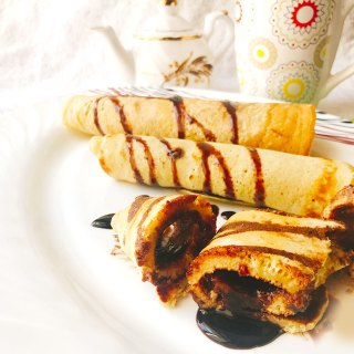 chocolate pancake roll dessert recipe