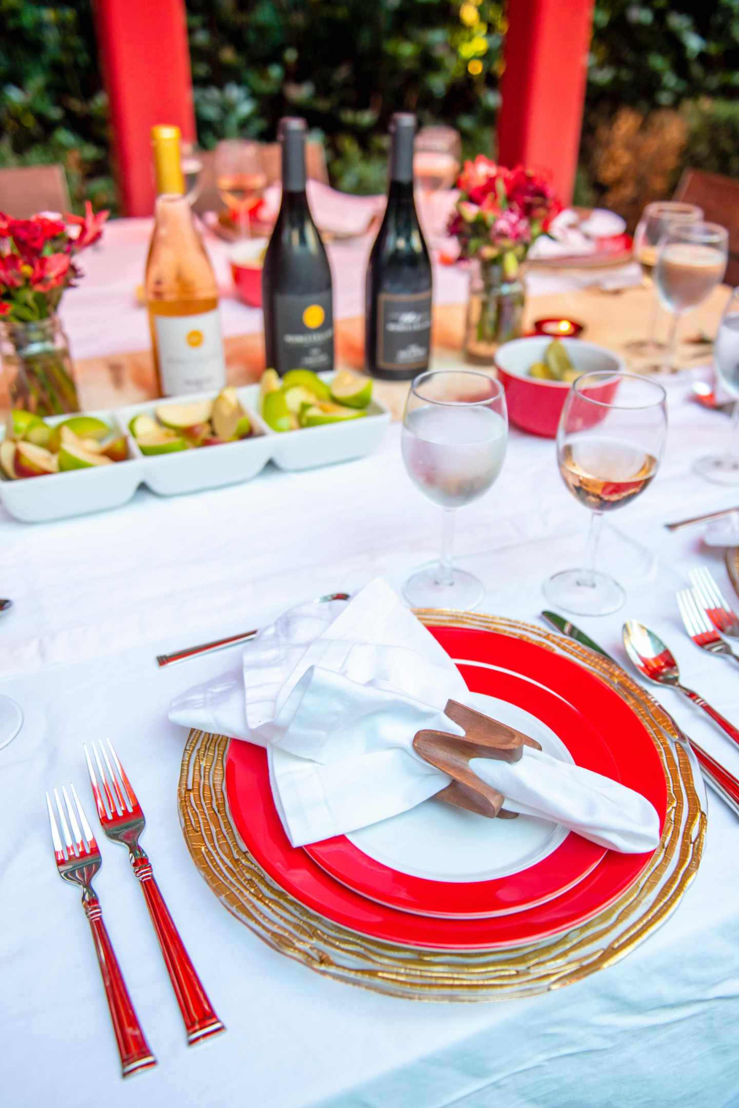 Rosh Hashanah Place Setting. Fall Dinner Party Ideas.