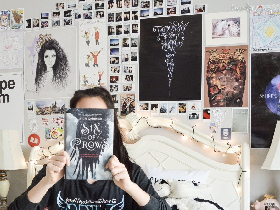 SIX OF CROWS, by leigh bardugo