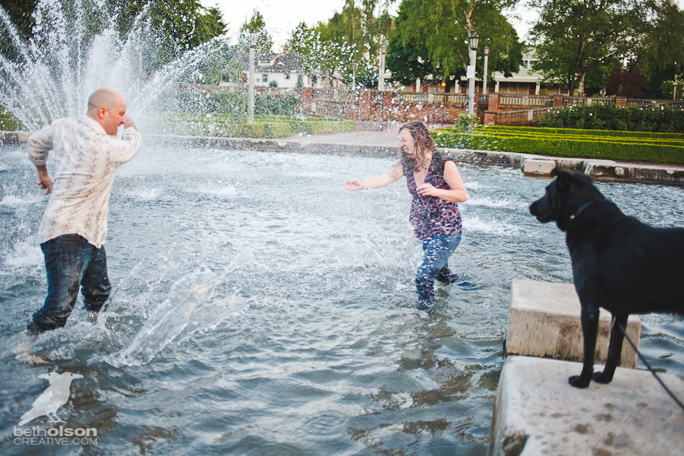 Ashley-Michael-Engagement-Peninsula-Park-Portland-BethOlsonCreative-092