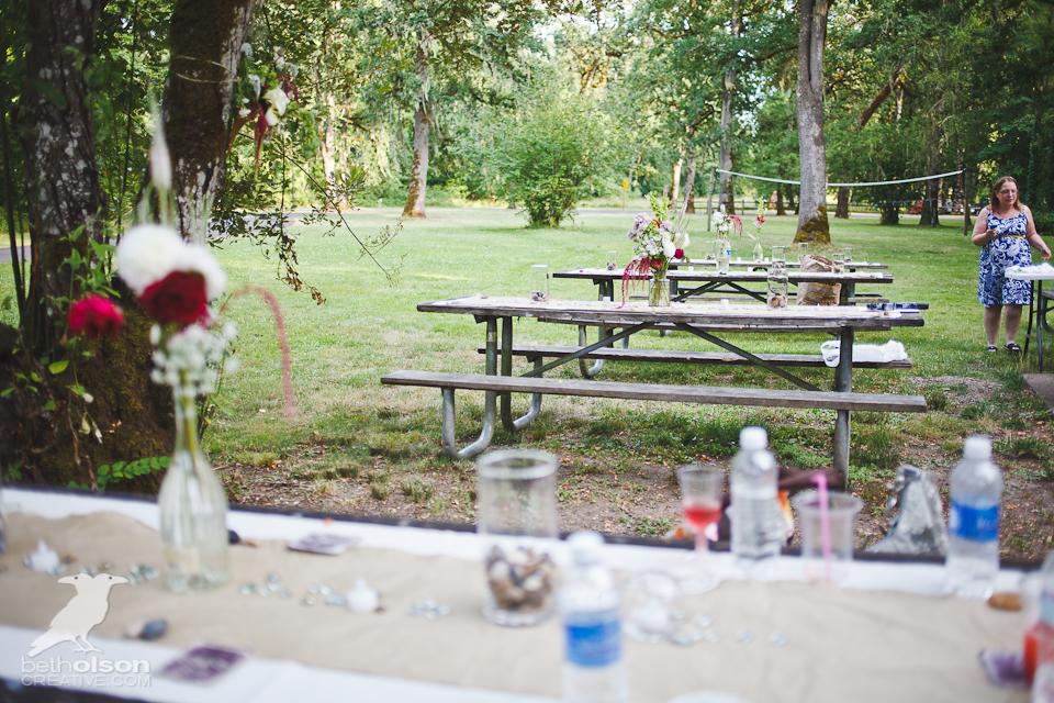 cristina-matt-steampunk-wedding-champoeg-park-betholsoncreative-014