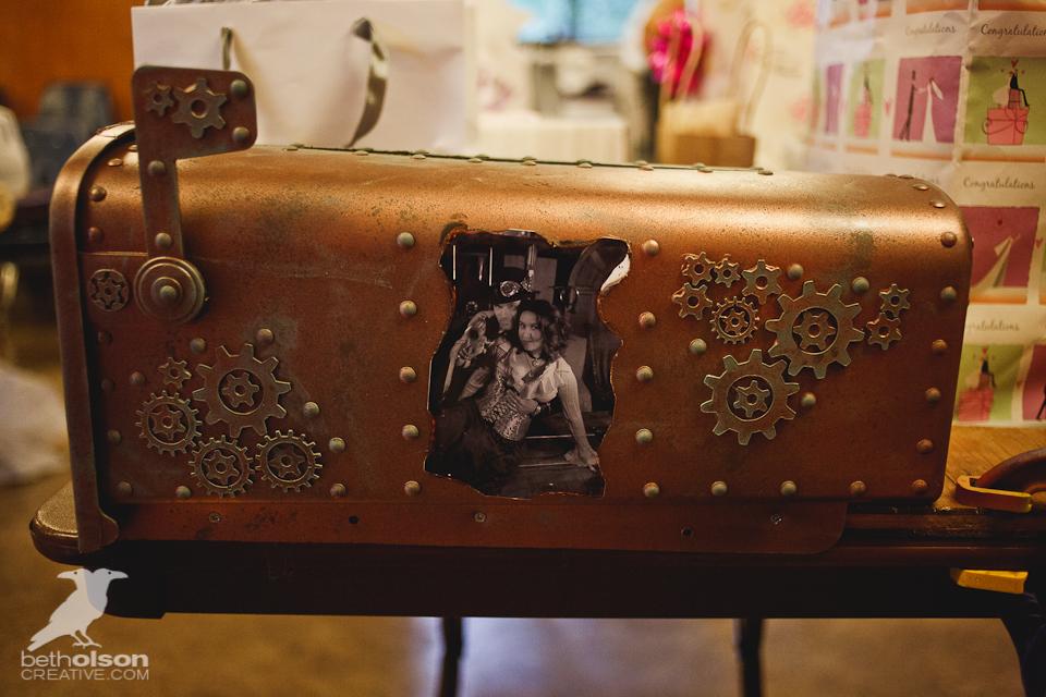 cristina-matt-steampunk-wedding-champoeg-park-betholsoncreative-032