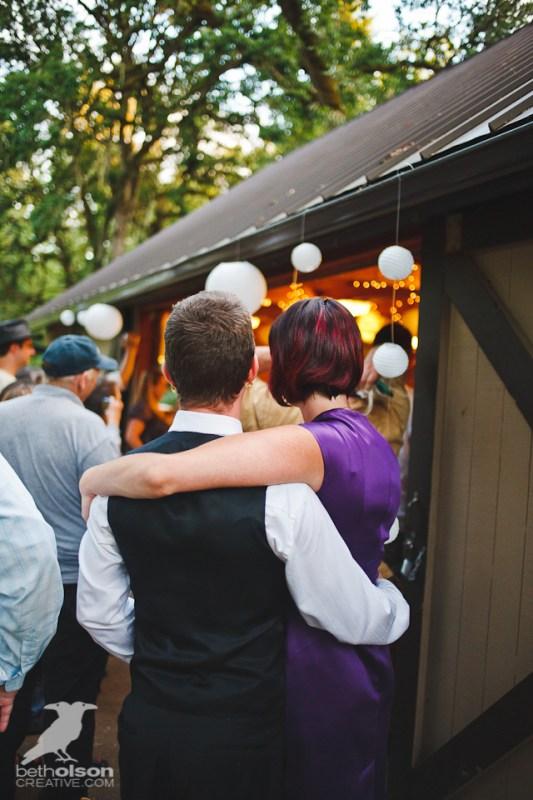 cristina-matt-steampunk-wedding-champoeg-park-betholsoncreative-091