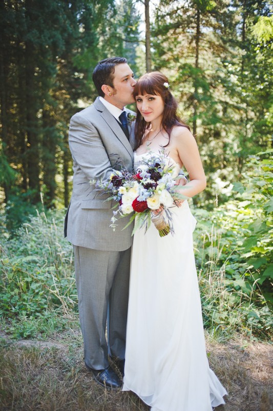 Ashley-Ian-Hoyt-Arboretum-Forest-Wedding-Portland-BethOlsonCreative-069