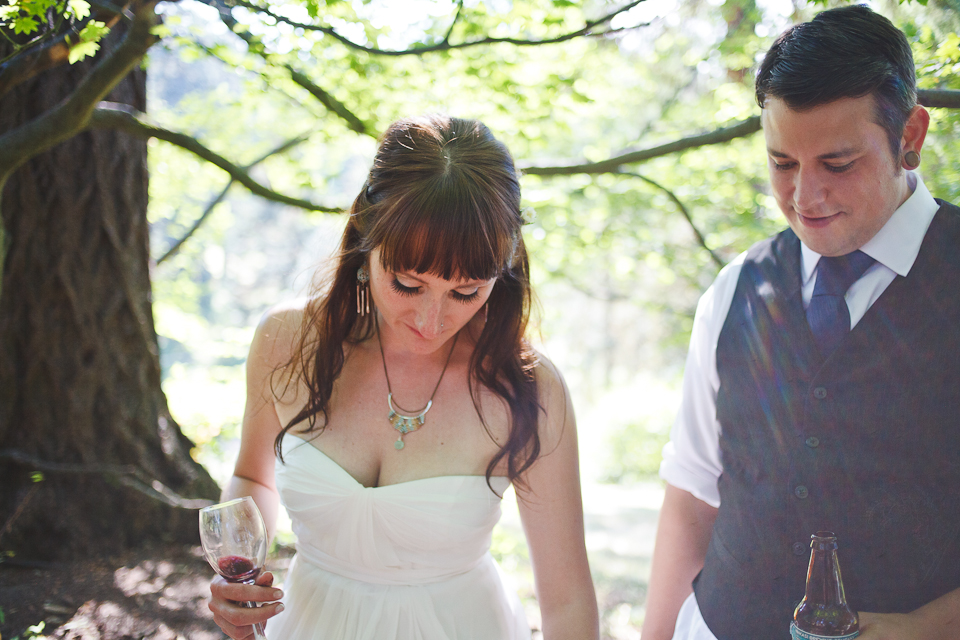 Ashley-Ian-Hoyt-Arboretum-Forest-Wedding-Portland-BethOlsonCreative-097
