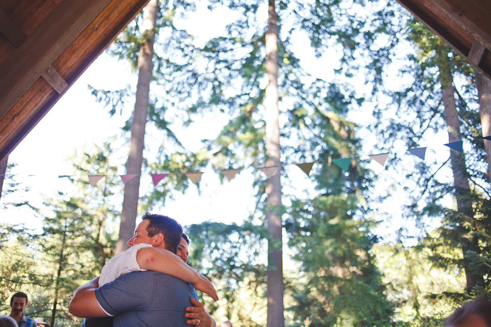 Ashley-Ian-Hoyt-Arboretum-Forest-Wedding-Portland-BethOlsonCreative-109