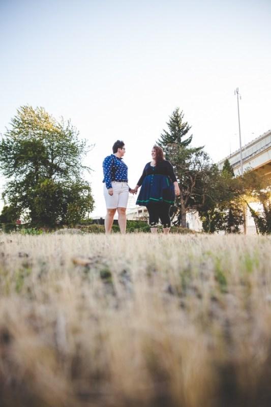 JN-Color-Powder-Alternative-Engagement-Portland-Photographer-BethOlsonCreative-004