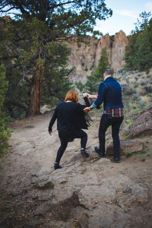 CC-Smith-Rock-Alternative-Engagement-Photography-TwistedAisleWeddings-096
