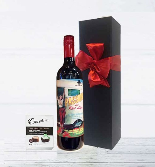 Red Lips Red Wine Gift