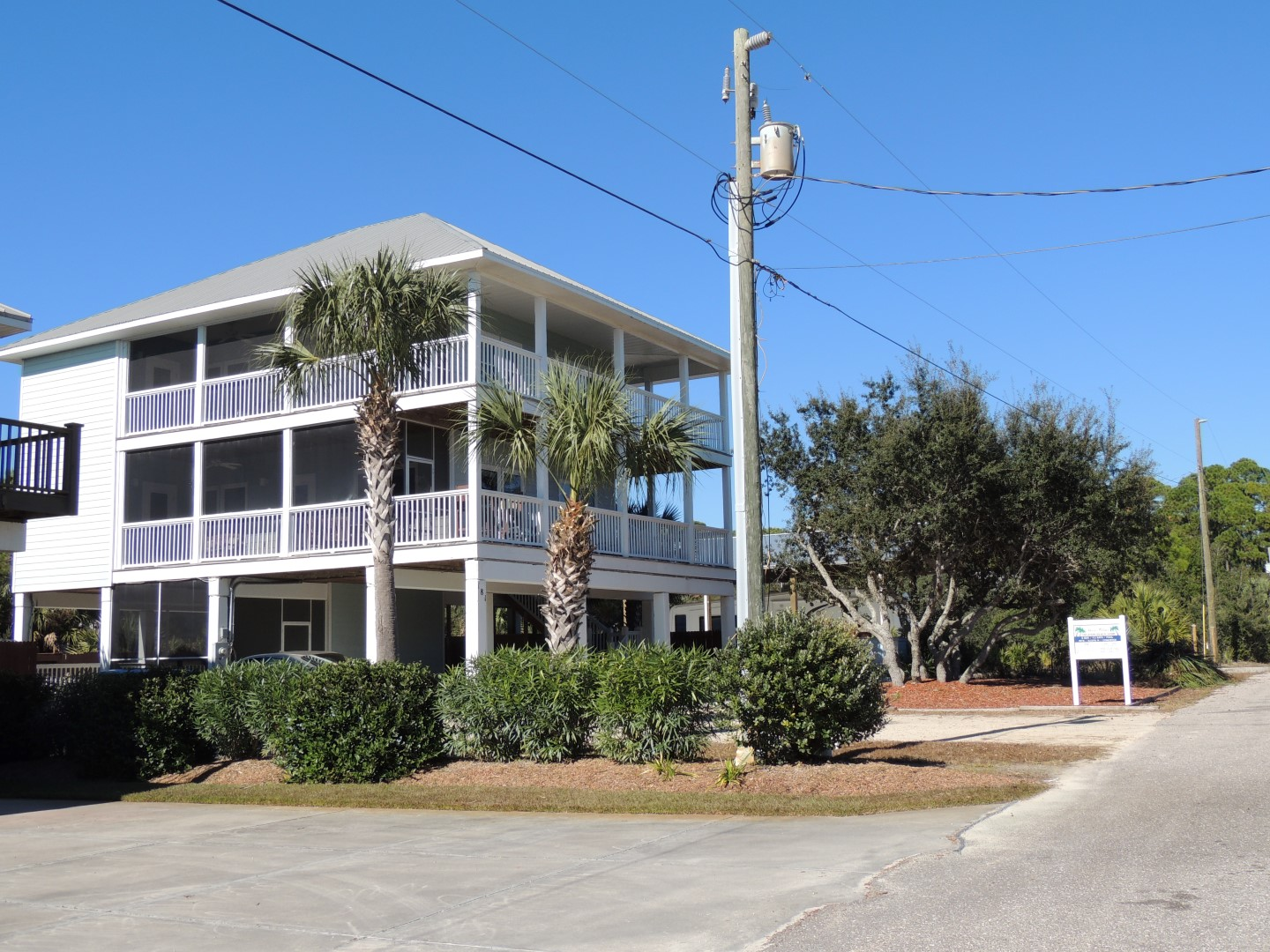 Three Palms Compound- Gulf View- 1st Tier- Beach Home-11