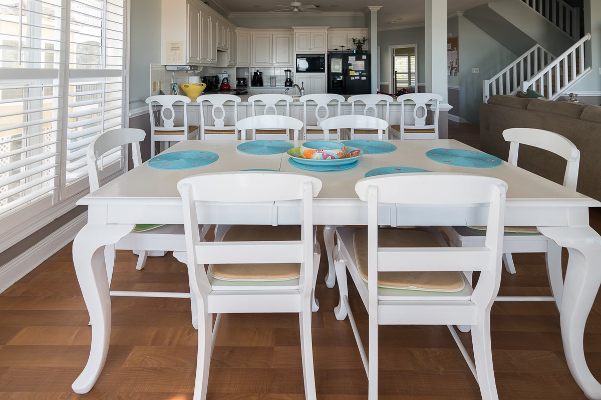 Two Palms Dining+ Kitchen