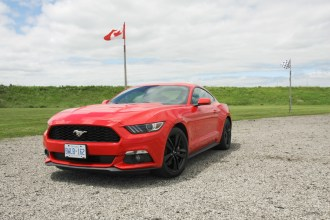 2015 Ford Mustang Fastback EcoBoost