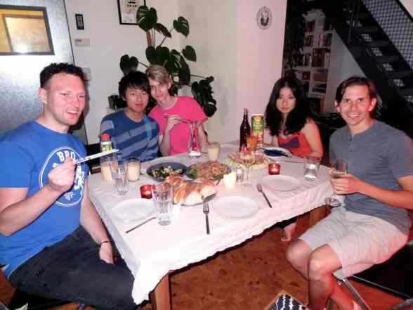 Sharing a meal with our Couchsurfing host in Munich (similar to mealsharing!)