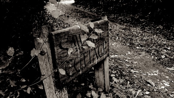 sawmill-cottage-sign-bw