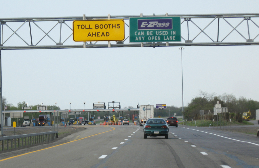 ny_thruway_toll_booth.jpg