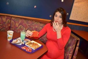 taco-bell-maternity-04-as-ht-180112_3x2_992