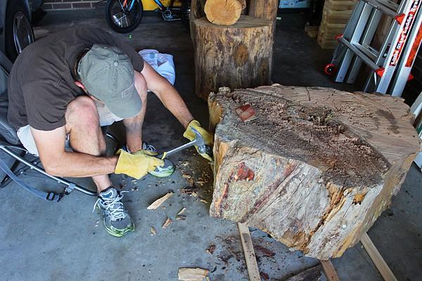 diy tree stump table. Black Bedroom Furniture Sets. Home Design Ideas