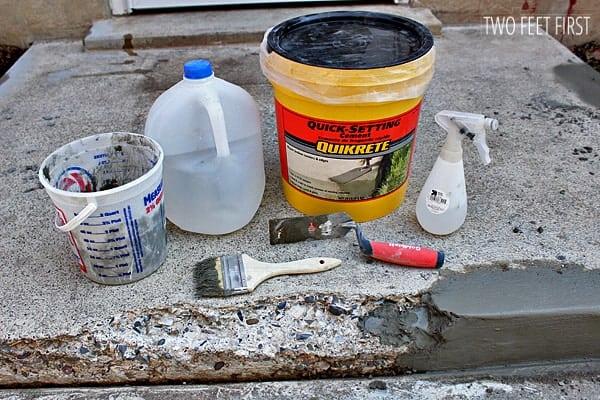 applying-concrete-to-step