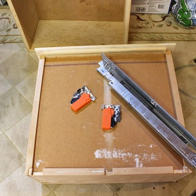 Building Cabinet Drawers & Adding Blumotion Slides