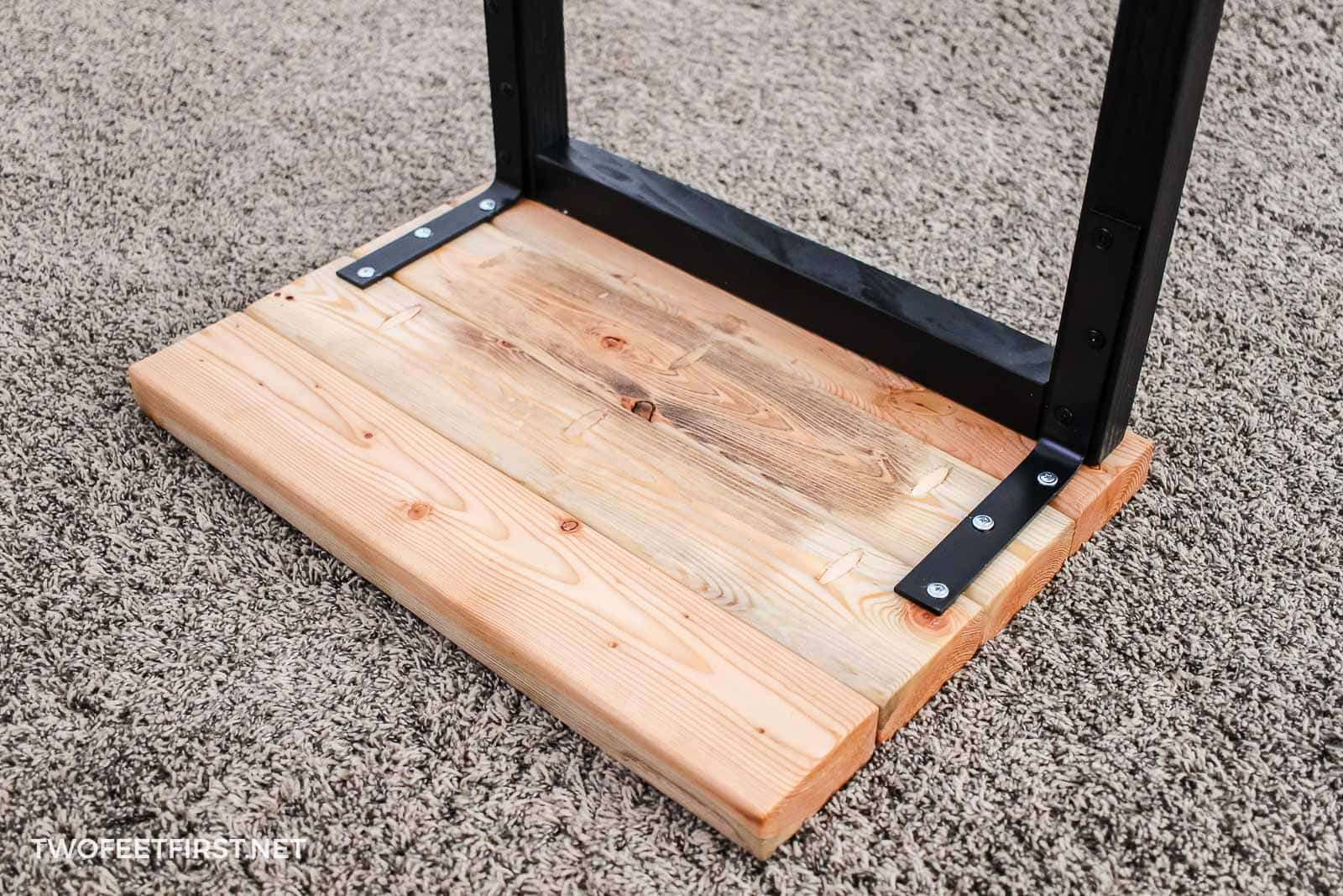 attaching laptop table top to frame