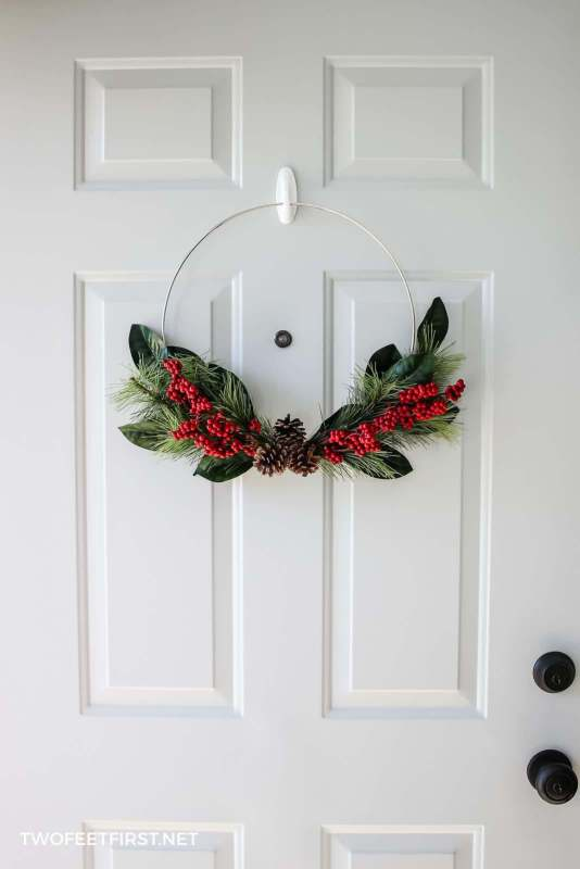 Christmas door decor wreath