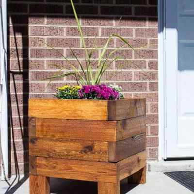 DIY Simple Planter Box