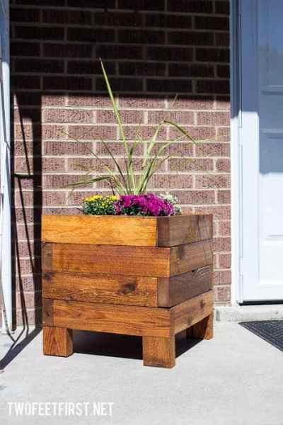 DIY Simple Planter Box