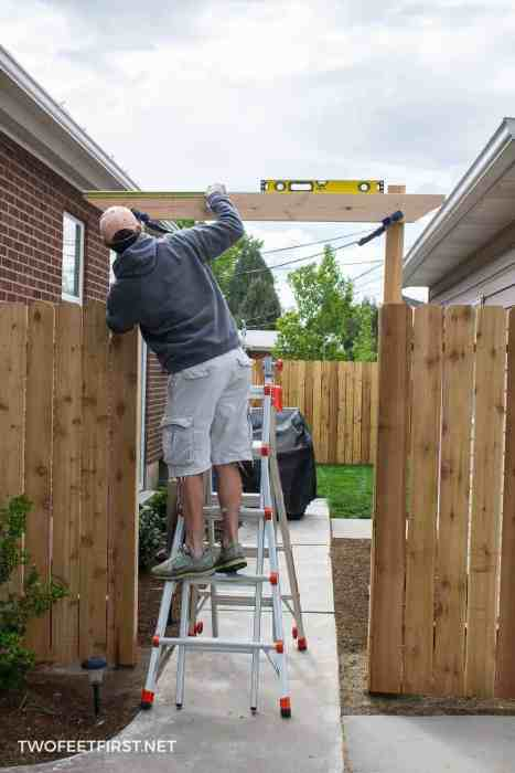 level boards on fence pergola