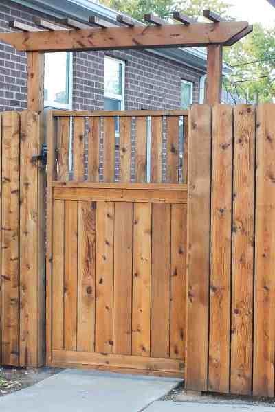 build fence pergola over gate