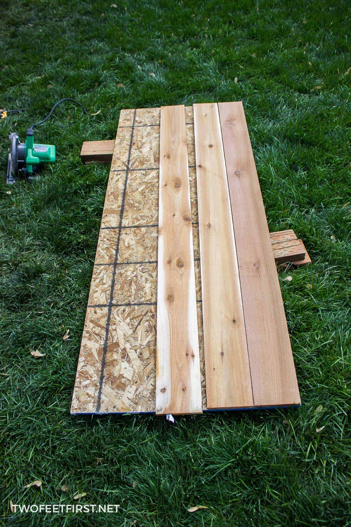 BUILD A SIMPLE CEDAR SHED DOOR