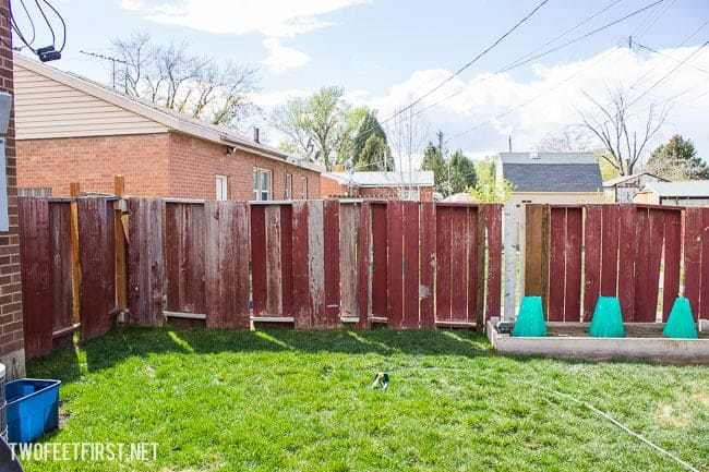 The process to re-brace a fence.