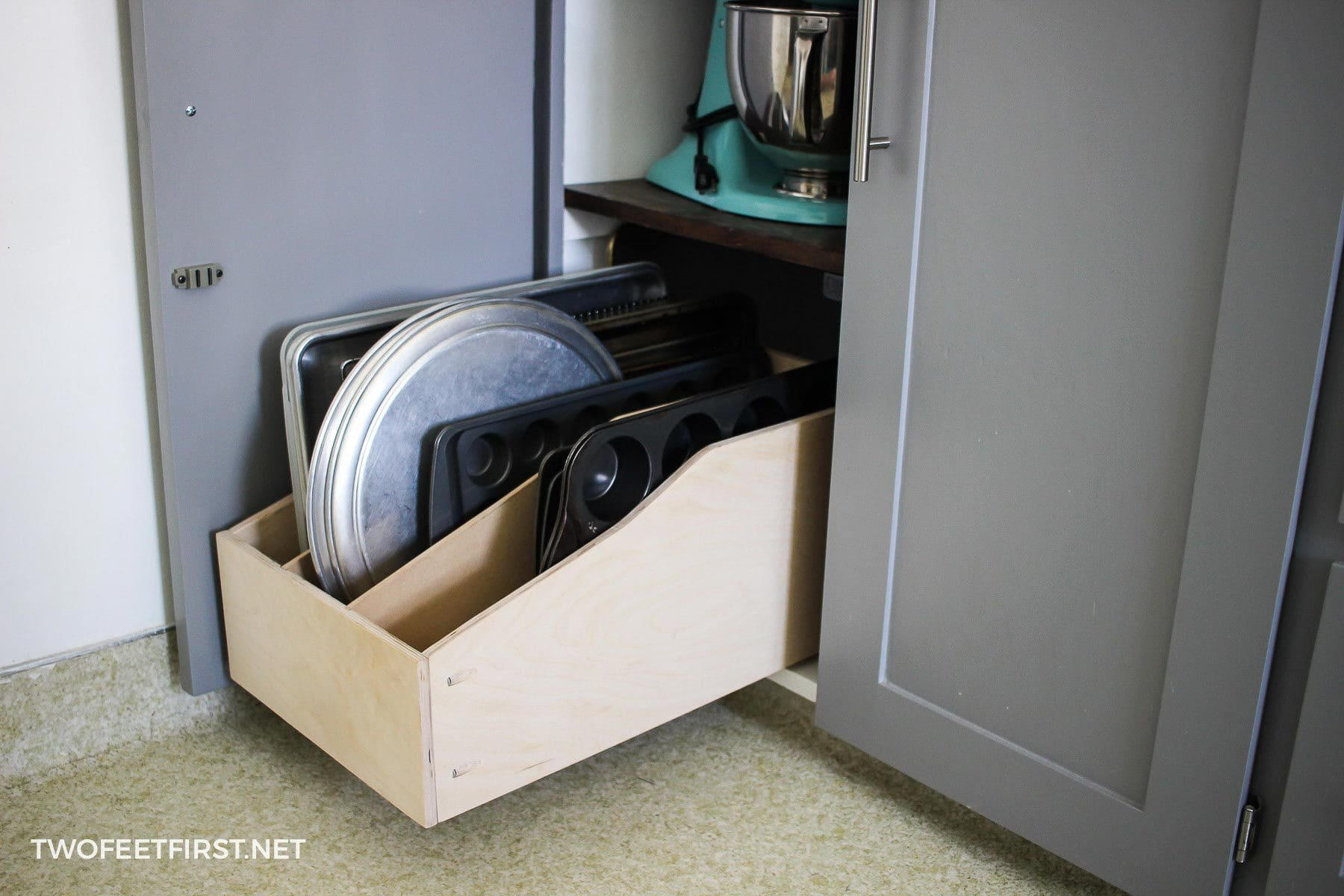 build pullout drawer