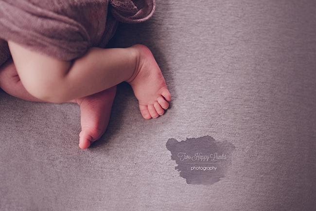 2016-01-arroyo-grande-newborn-photographer-infant-toes-feet-baby-studio-professional-portraits-california