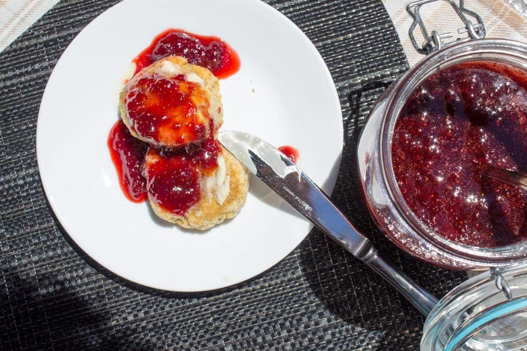 Homemade Strawberry Jam (no pectin)