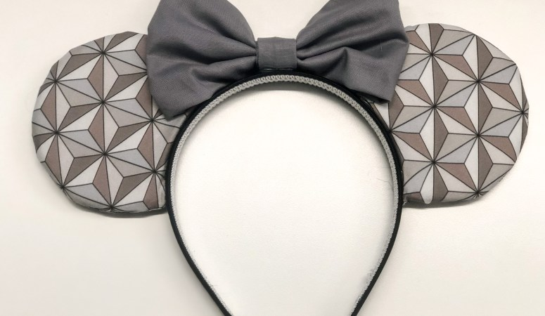 DIY Minnie Mouse Ears Headband