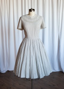 Quincy Street dress | vintage 50s dress | grey striped seersucker dress | vintage gray 1950s summer dress