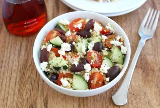Easy Vegetarian Meals Black Olives Cucumbers Tomatoes Quinoa Feta