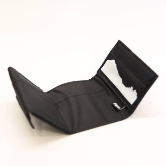 play-wallet-black-3